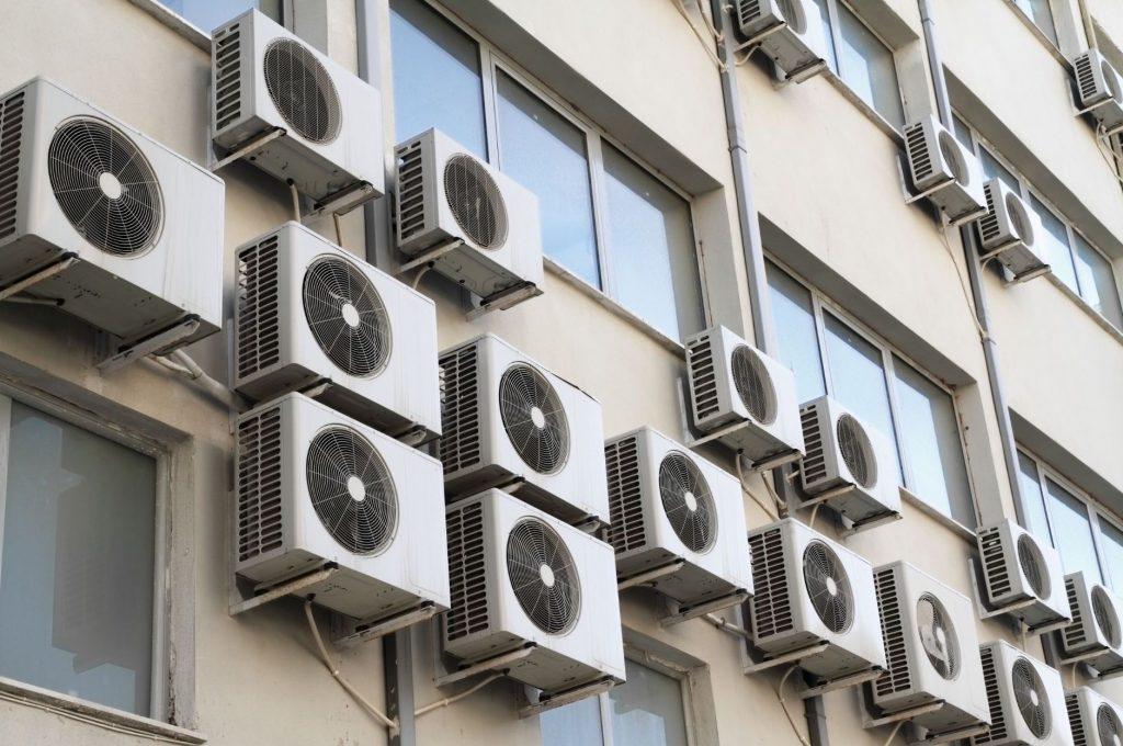 Povolenie na montáž klimatizácie do bytu či domu.